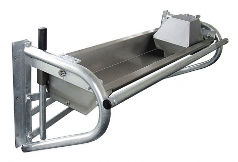 Shallow tipping water trough 3.0 m, stainless steel (105 l), wall mounting